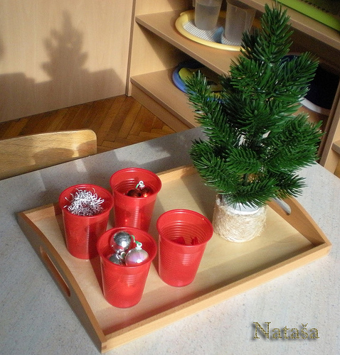Decorating the Christmas Tree Activity (Photo from Nataša at Leptir)