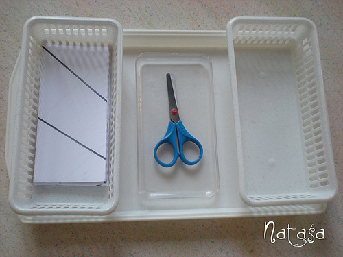 Paper Cutting Tray (Photo from Leptir)