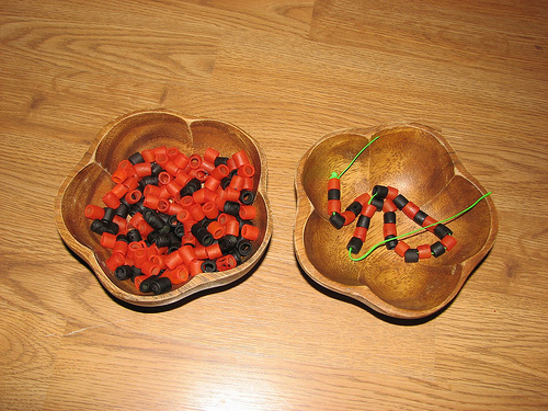 Halloween Colored Noodle Lacing (Photo from Jada Roo Can Do)