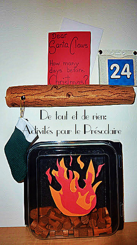 Santa's Fireplace Christmas Countdown (Photo from De Tout Et De Rien)