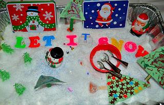 Christmas-Sensory Bin (Photo from Blog Me Mom)