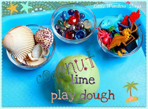 Coconut Lime Summer Playdough, Beach Theme Tray (Photo from Little Wonders' Days)