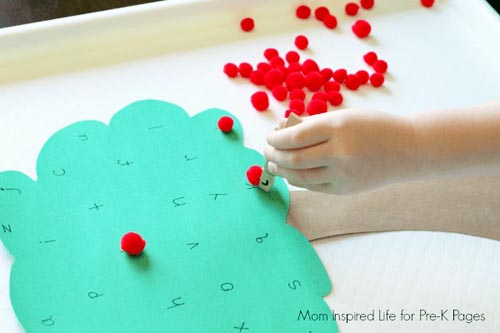 Apple Tree Alphabet Game (Photo from Mom Inspired Life at Pre-K Pages)
