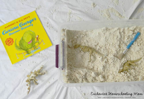 Dinosaur Discovery Sensory Bin (Photo by Samantha from Stir the Wonder at Enchanted Homeschooling Mom)