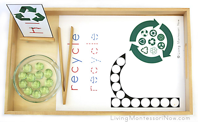 Recycling Do-a-Dot Tray with Glass Gems