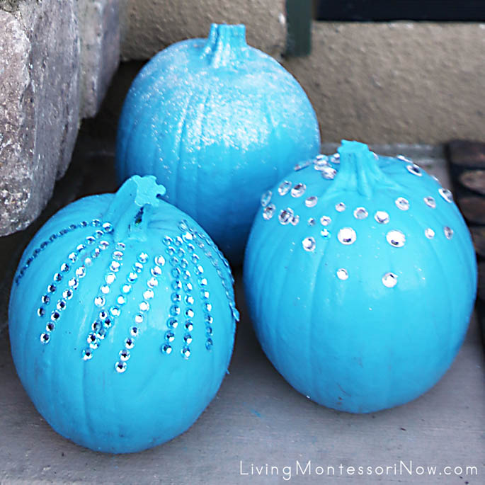 Pumpkin Display for Teal Pumpkin Project