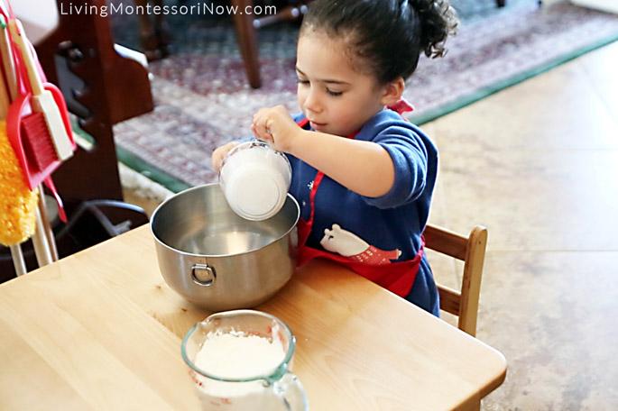 Preparing Super-Soft, No-Cook Playdough