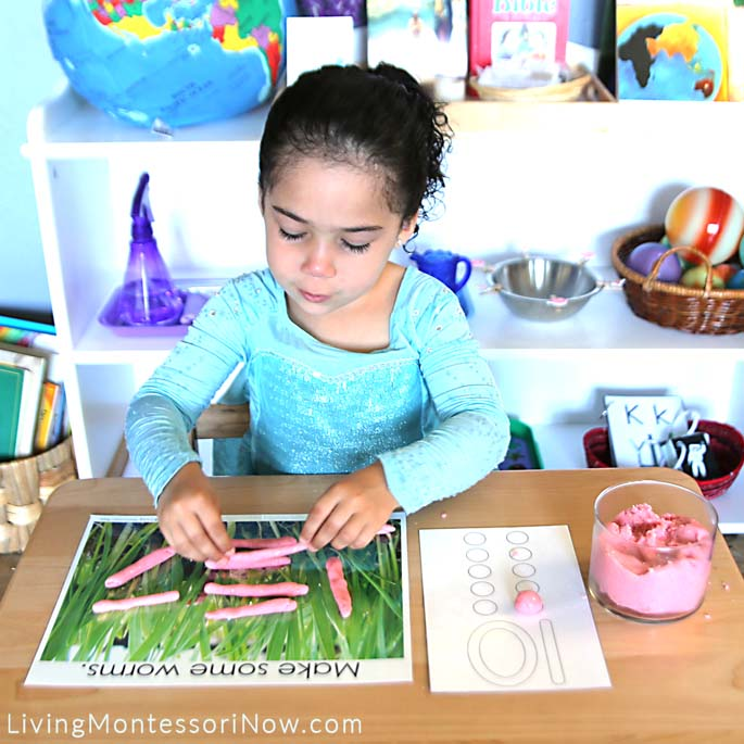 Making 10 Worms with Playdough