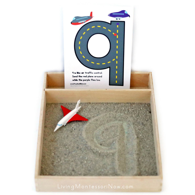 Sand Writing Tray with Transportation Number Rhyme Mats