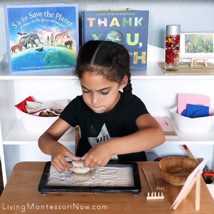 """Working with Zen Balancing Rocks and Zen Garden with """"Thank You for Rocks"""" Mindfulness Card"""