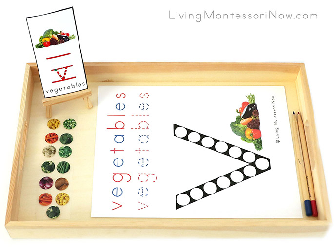 Vegetables Do-a-Dot Phonics Tray with Vegetables Sticker Work
