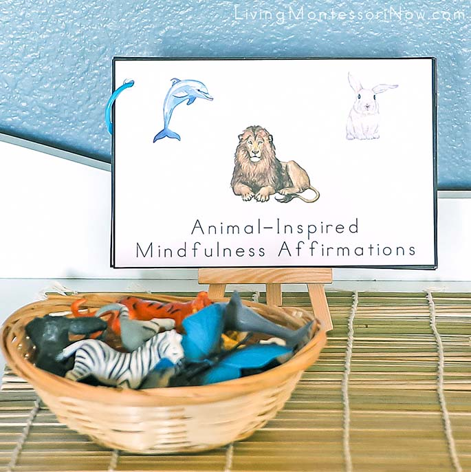 Animal-Inspired Mindfulness Affirmations Booklet with Safari Ltd Animals