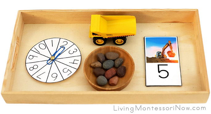 Tray with Excavator and Dump Truck Counting Activity