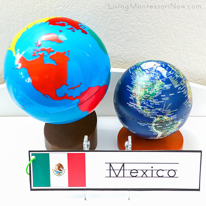 Mexico Writing Strips with Globes